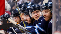 Jets not distracted by looming trade deadline