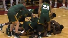 Must See: George Mason recovers loose ball, sinks game winner