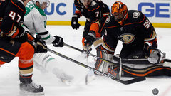 NHL: Stars 0, Ducks 2