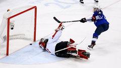 USA finally ends Olympic women's hockey drought