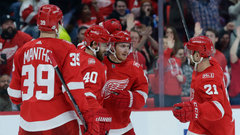 NHL: Hurricanes 1, Red Wings 3