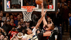 Must See: Valanciunas forces OT with monstrous slam at the buzzer