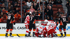 NHL: Red Wings 2, Ducks 4