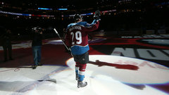 StatsCentre: MacKinnon carrying the Avalanche
