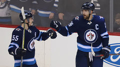 Versatility and adaptability of Jets' forwards has team soaring