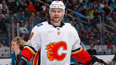 1000th career game a 'very proud moment' for Stajan