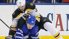 Nylander looking forward to shifts away from Chara