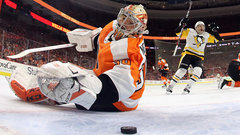 Flyers gave away too many opportunities to Penguins