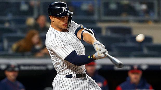 MLB: Twins 1, Yankees 14
