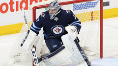 Biron tees up Jets vs. Predators series, from Gino's seat