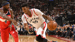 Wright's strong fourth quarter helps Raps earn series lead