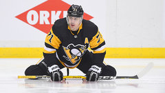 Malkin skates, progressing for return from injury