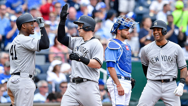 MLB: Yankees 10, Royals 1