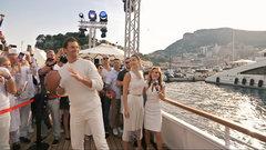 Must See: Brady throws TD pass to Ricciardo on superyacht in Monaco