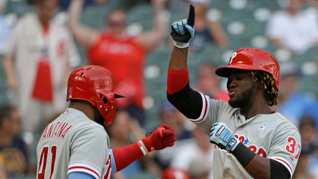 MLB: Phillies 10, Brewers 9
