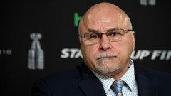 Islanders name Trotz head coach