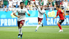 Vela scores penalty to give Mexico the early lead