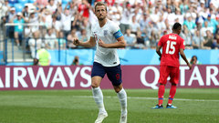 Kane's second penalty gives England a fifth first half goal