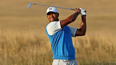 Weeks: Tiger plays it safe in opening round