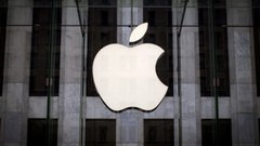 The $1-trillion race: Why Apple is likely to beat Amazon to it