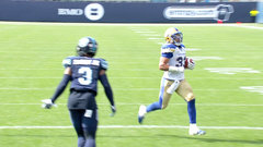 Bombers making it look easy, pile it on Argos early