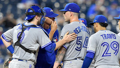 MLB: Blue Jays 1, Royals 3