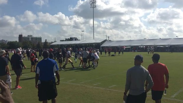 Hopkins, Ward scuffle at joint Texans-49ers practice