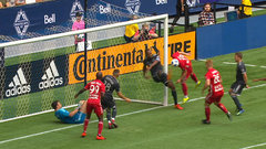 Must See: Marinovic stretches out for unreal save against Red Bulls