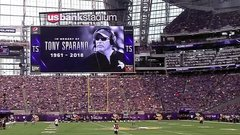 Vikings hold moment of silence for coach Sparano