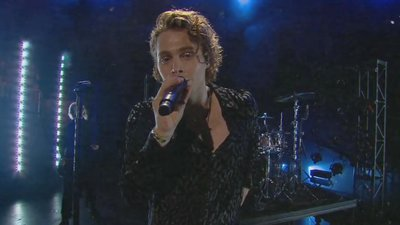 5 Seconds of Summer Perform 'Youngblood' | 2018 iHeartRadio MMVA