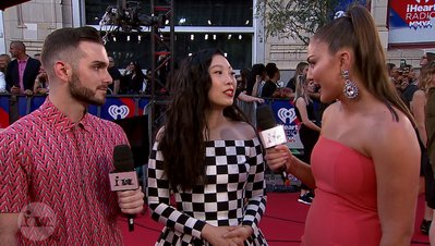 Awkwafina Reveals Her Love For Shawn Mendes | 2018 iHeartRadio MMVA FORA Fashion Feed