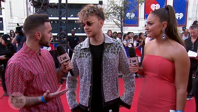 Francesco Yates Reveals His Style Icons | 2018 iHeartRadio MMVA FORA Red Carpet