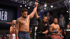 Ex-NFLer Hardy KO's Gordon in 17 seconds for second MMA win
