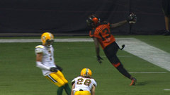 Lulay finds Elliott from nine yards out for the TD