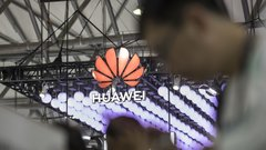 U.S. extends loophole to do business Huawei