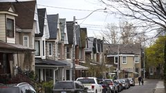 Millennials heading to the suburbs as home prices rise: Royal LePage