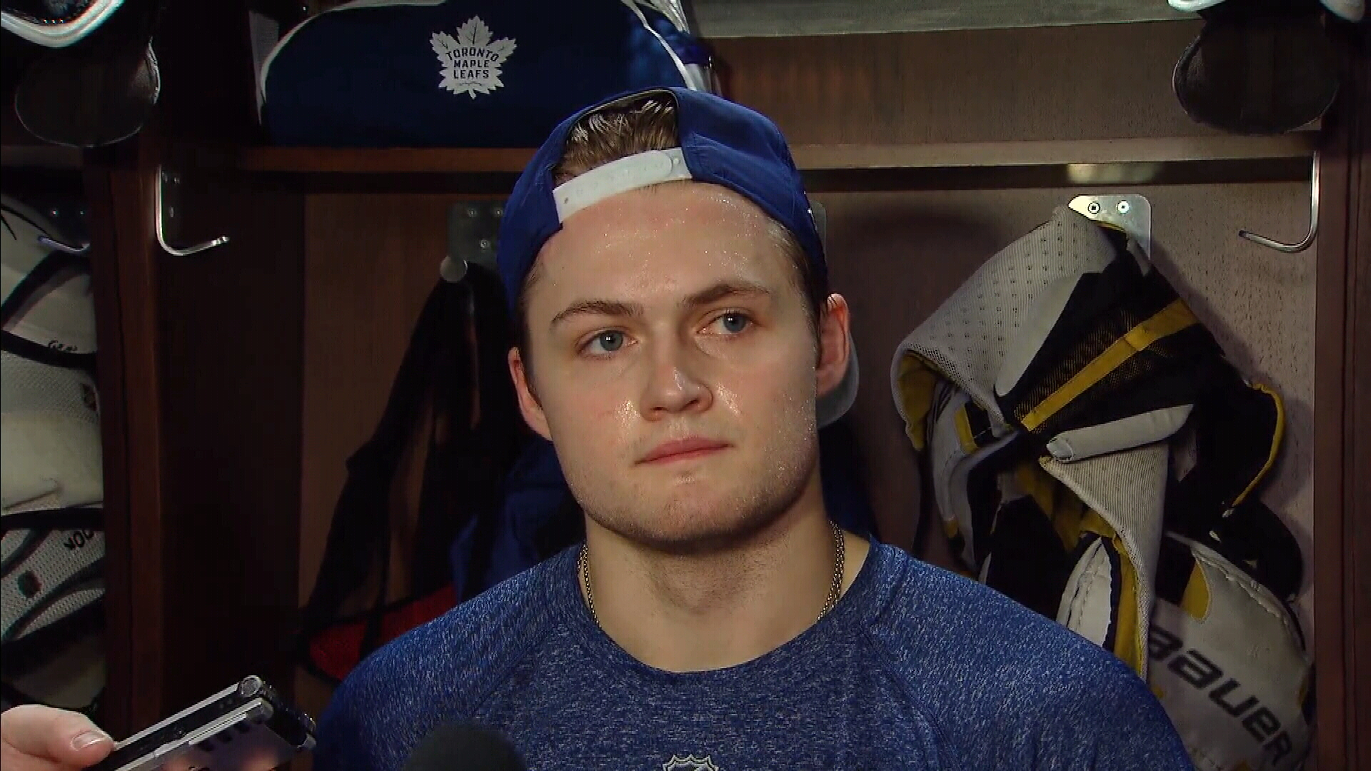 Slumping Nylander shaves beard, but insists he's not superstitious
