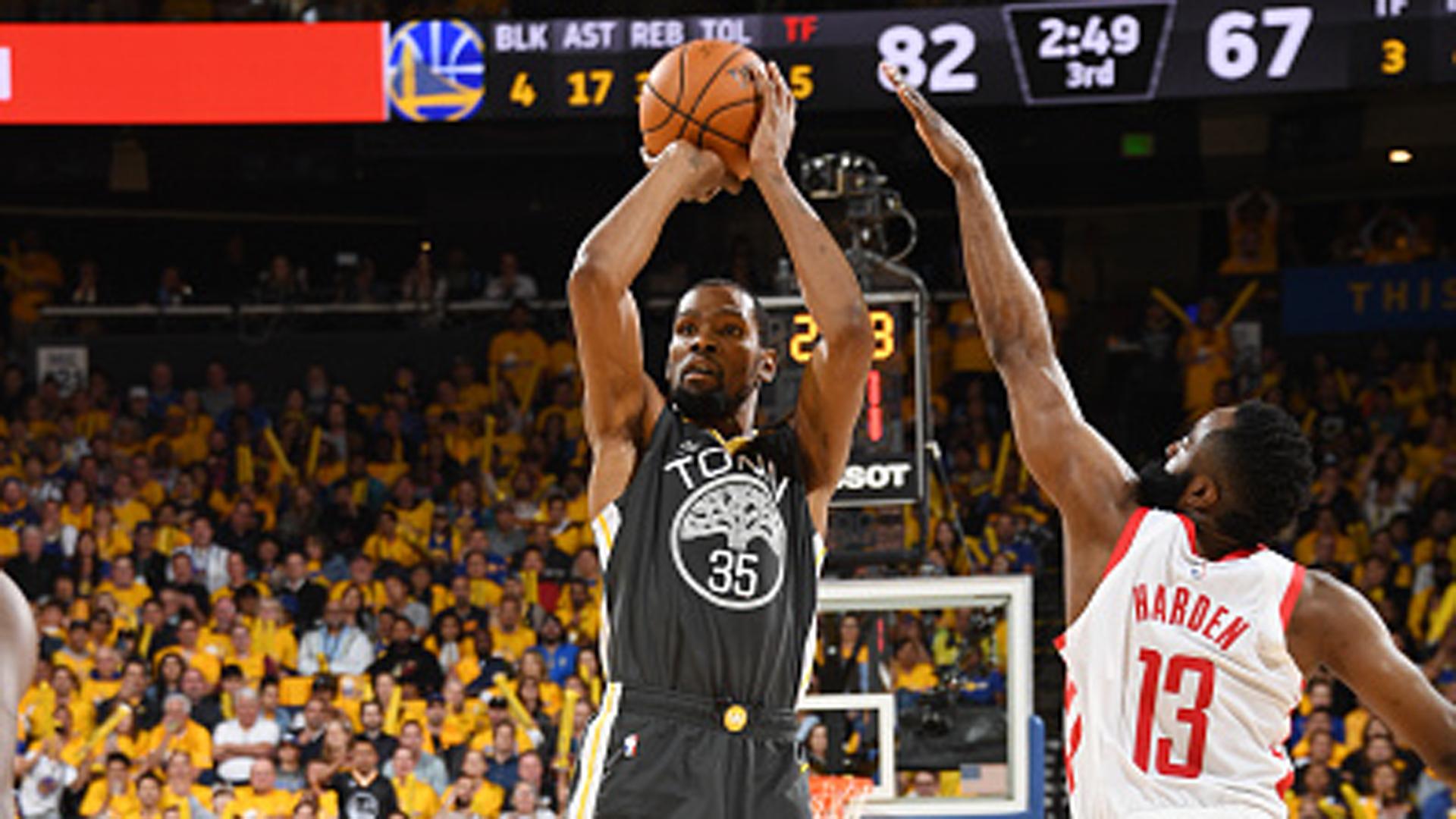 069d3b3ccca1 Rose  MJ is the NBA s most unstoppable scorer