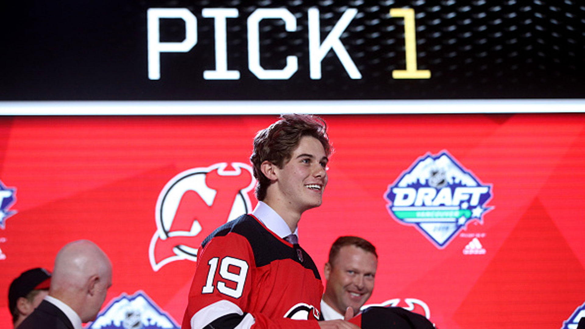 60208121 Quinn Hughes sees 'big differences' in brother Jack Hughes' NHL draft  experience - TSN.ca
