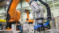 A quarter of jobs in Canada will end up automated: Economist