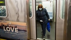 New York City Virus Deaths Top 1,000