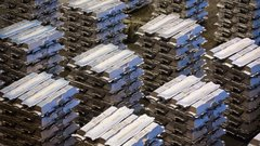 Aluminum tariffs loom