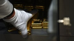 Lack of faith in U.S. pandemic response is driving gold rally: Rick Rule