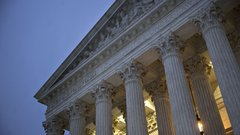 Scandal, rogue Republican senators the only possible roadblocks to Trump's Supreme Court pick: Law professor