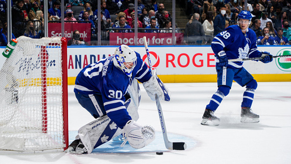 Hutchinson struggles in start, Maple Leafs' performance not good enough vs. Sharks