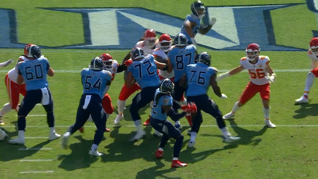 Must See: Titans use trickery as Henry tosses touchdown pass to Pruitt