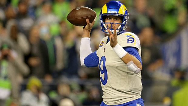 Stafford shines in second half to lead the Rams