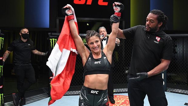 Mexican-Canadian Godinez submits opponent for first UFC win