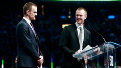 Dreger: Sedins could join Canucks in significant roles
