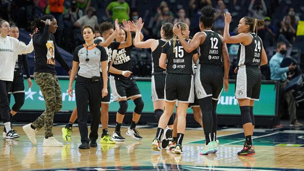 WNBA: Sparks 64, Lynx 80